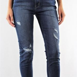 HIGH RISE CROPPED JEANS WITH DESTROYED HEM
